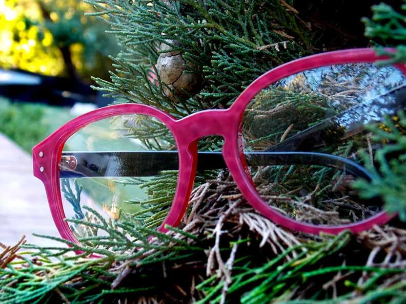 Création originale lunette rose Optique Pacheco - Optique Pacheco
