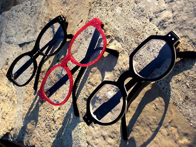 Créations originales lunettes noires et rouges Optique Pacheco - Optique Pacheco